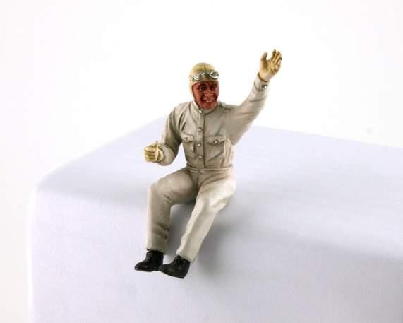 LE MANS miniatures Figurine Pilote assis des années 50